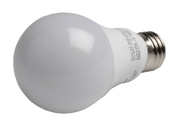 Satco Products, Inc. S9839 9.5A19/OMNI/220/LED/50K Satco Dimmable 9.5W 5000K A19 LED Bulb, Enclosed Rated